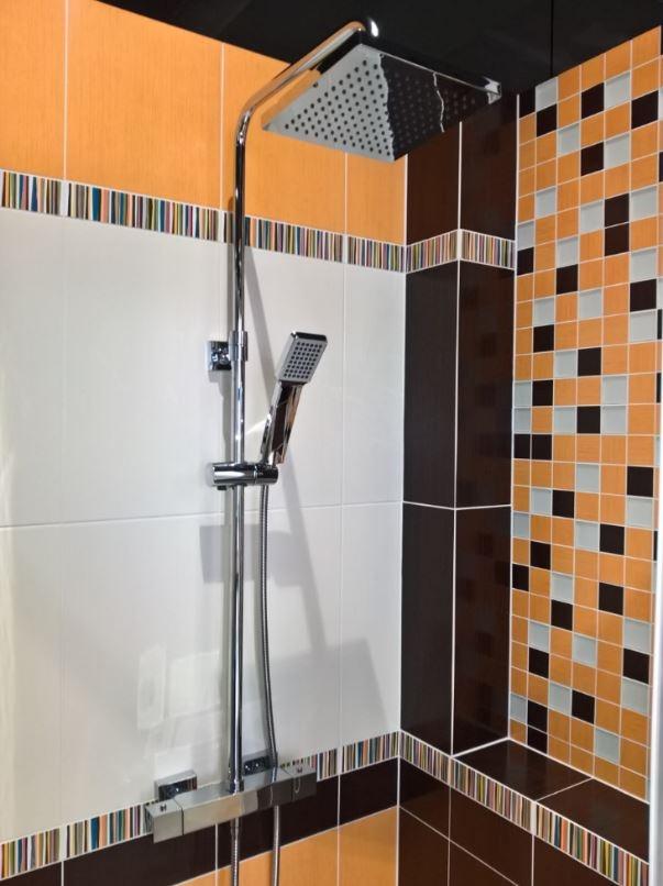 Sprchový systém Optima Optima s termostatickou baterií chrom OPTIMASSTH
